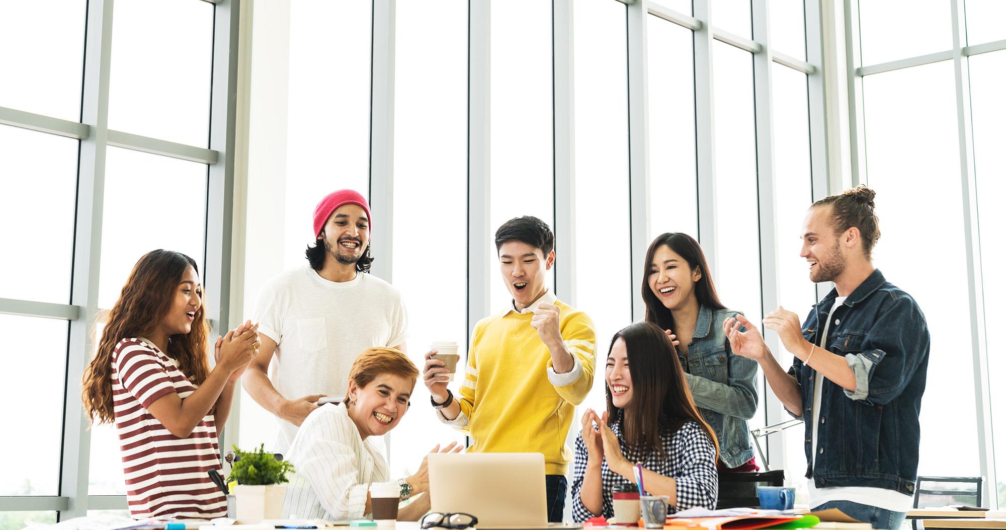 業務の属人化で起こる問題点と解消方法
